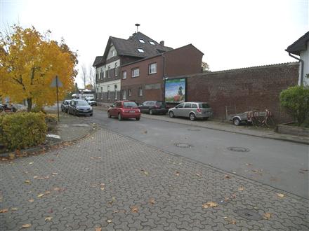 Bruckstr  96/Bahnhofstr, 46519,