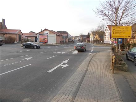 Hauptstr (B 254)/Felsberger Str 2, 34587,