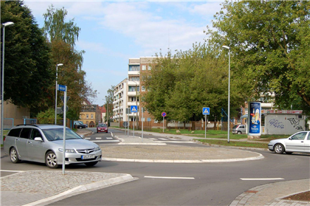 Feldstr/Friedrich-Naumann-Str, 99974,