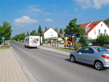 Freystädter Str  50 gg/Bushaltestelle, 90584,