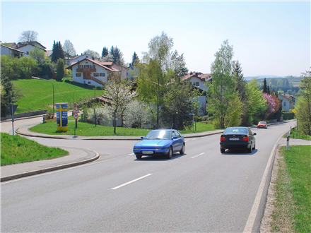 Josef-Greschniok-Str./Ahndlweg Nh. 14, 94051,