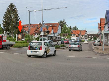 Adlerstr 2 (B 3)/Bahnhofstr, 77948,