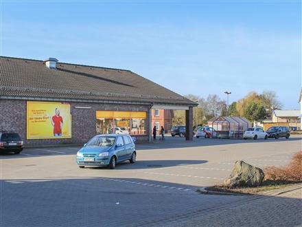 Stader Str. 46 Netto Eing., 21745, Basbeck