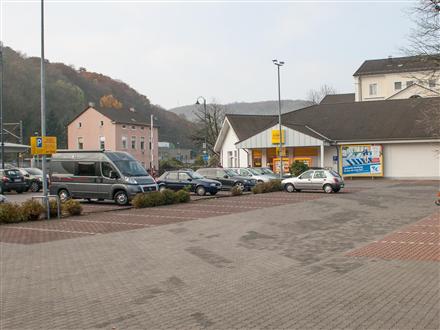 Koblenzer Str. 59 Netto Eing., 53498,