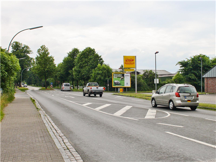 Kieler Str/Nh Bahnhofstr/L318/Netto/quer, 24582,