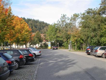 Spitalstr.3/Post/P/Stadt-u.Kurpark, 94481,