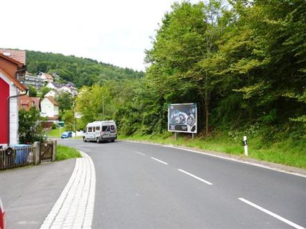 Fuldaer Straße gg. 28, B 27 nh. / Leimbachstraße, 97769,
