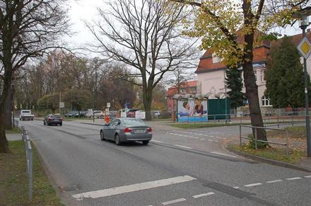 Berliner Str/Teltower Str/Hts Schule (WH), 14979,