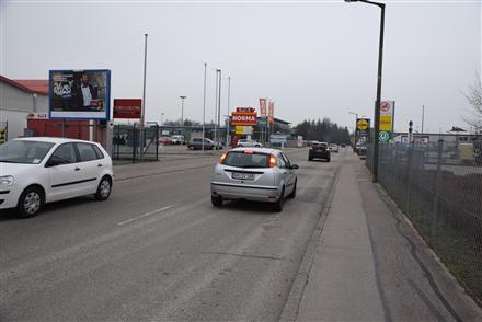 Industriestr. 4 /Getränke Mader/Sicht Eingang (quer zur Str), 91567,