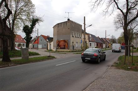 Nienburger Str. 101/Schleifweg (Giebel), 39240,
