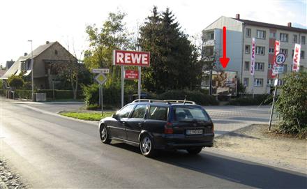 Heinrich-Heine-Str./Schlossäckerstr. REWE.  Si.Str., 04924,