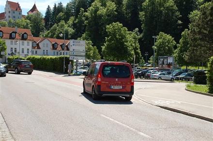 Morisse/PP/Einfahrt Kemptener Str/lks/Sicht Str/Zuf Feneberg, 87629,