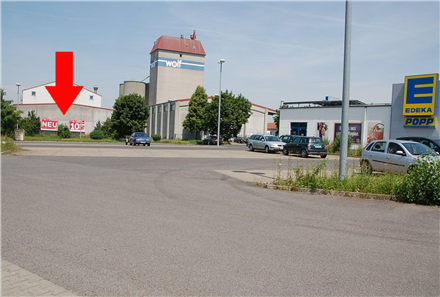 Spielsee 9 /E-neukauf/geg. Ein- u. Ausfahrt (lks), 97447,