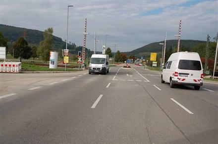 Schaffhauser Str/B 27/am Bahnübergang (Zollhaus), 78176, Zollhaus
