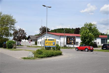 Zum Riesenberg/geg. E-neukauf/Einfahrt (quer zur Str), 78476,