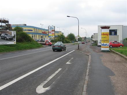 Niederauer Str/Kaufland, 01662,