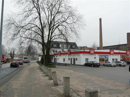 Spremberger Str. Nh. Teichstr. PP am EKZ li., 03149, Innenstadt