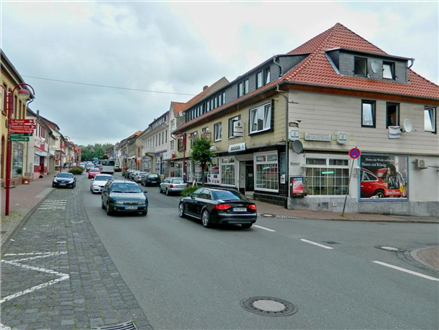 Bahnhofstr./Hauptstr. 67 re. quer, 31008, Innenstadt