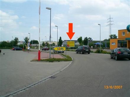 Zeppelin-Weg 4/geg. Lidl/nh. Einfahrt (bei Bäckerei), 89542,