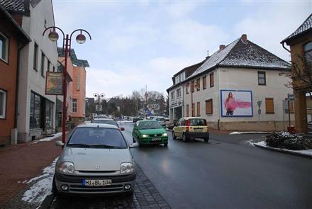 Hauptstr. 77/Wallstr (quer am Giebel), 31008,