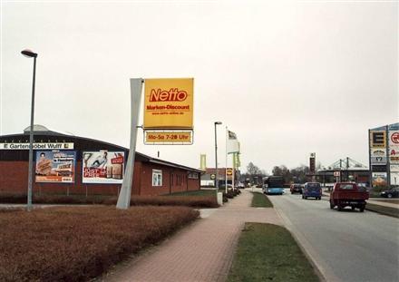 Raiffeisenstr. 10/neb. Netto/Einfahrt (quer zur Str), 24983,