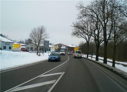 Leutkircher Str/B 465/Höhe Autohandel Schele/WE lks (quer), 88410,