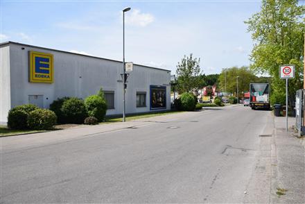 Zum Riesenberg 5 /E-neukauf/Zufahrt (Wand), 78476,
