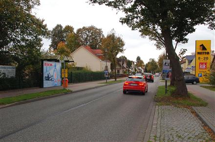 Berliner Str/geg. Netto/Einfahrt/Hts Lindengarten (WH), 14979,