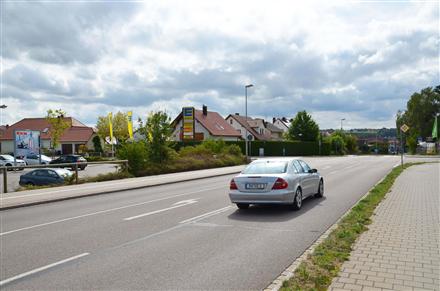 Neuburger Str. 1 /Edeka/neb. Eingang/Sicht Penny (Sto. 2), 91161,