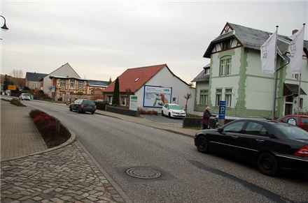 Südring 14/B 183 (quer am Giebel), 04924,