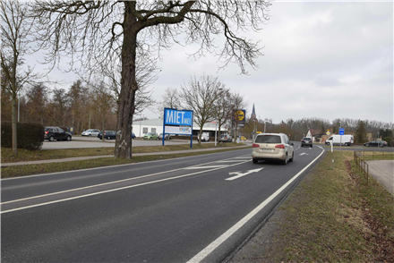 Neubrandenburger Str. 16a /Lidl/geg. Eingang (Sicht B 197), 17098,
