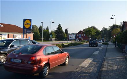 Düshorner Str. 16 /Lidl/rechte Einfahrt/rts (quer zur Str), 29683,