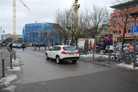 Bahnhofsplatz/Eisenbahnstr/geg. Hauptbahnhof (lks), 88214, Südstadt