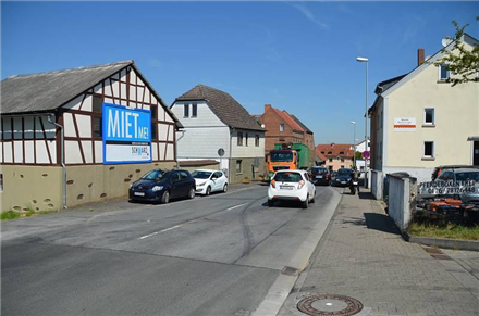 Frankfurter Str. 154/B 8/parallel, 65520,