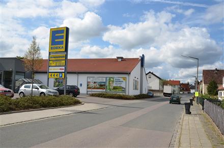 Neumarkter Str. 14a /Edeka/Einfahrt (quer zur Str), 90584,