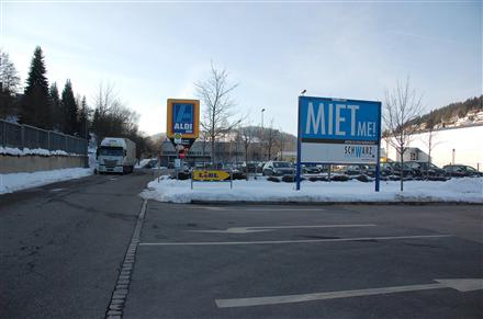 Joseph-Koepfer-Str. 2 /Lidl/Einfahrt (quer zur Str), 78120,