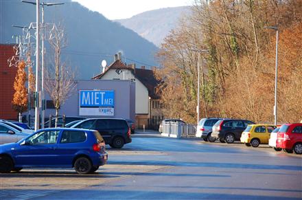 Gebrüder-Gross-Str. 11 /Rewe im Elsach-Center/geg. Eingang, 72574,