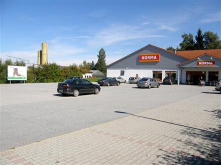 Gewerbering  2 (NORMA nb.Eing.), 94086, Mitte
