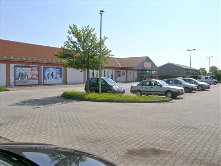 Bahnhofstr  33 (Getränke li.nb.Eing.), 91567,