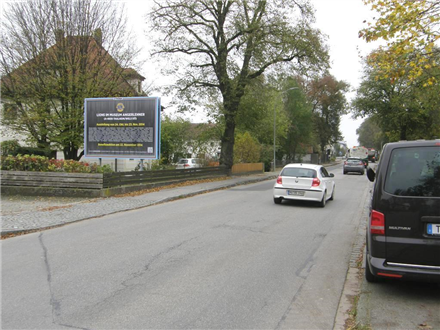 Münchner Str  36 (quer li), 84539,