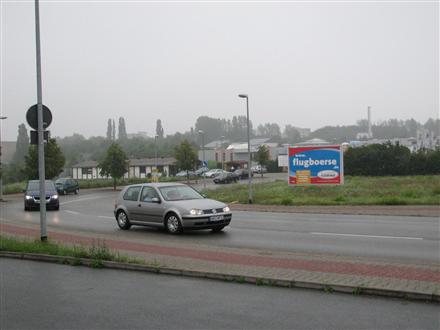 Guteborner Allee  (S 288) VS Si. Jumbo Möbelhaus, 08393, Seiferitz