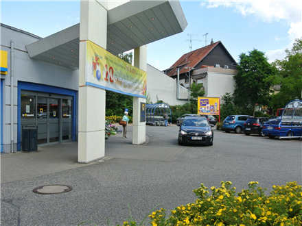 Kasseler Str. 5 re. ne. Eing., 34281,