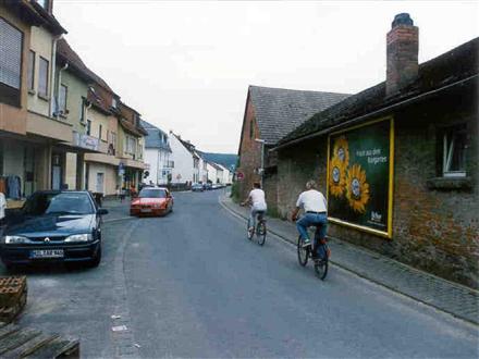 Franz-Bardroff-Str. - nh.Bahnstrasse, 63906,