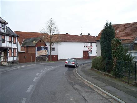 Lahnstr. 1-Steinbach, 35463,