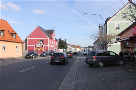 Neue Amberger Str. 57 (B 299), 92655,