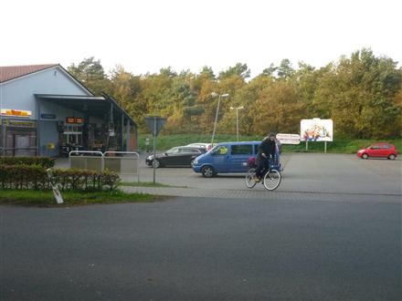 Bahnhofsallee 3  (PP) Edeka Si. Einf., 26209, Sandkrug