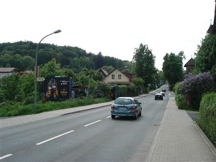 Coburger Str. (B89) gg. Nr. 32 - quer RS, 98646,