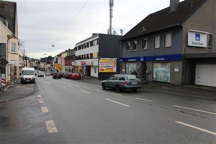 Kölner Str. 11 (B 8), 57612,