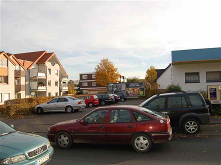 Lindenstr. 69  / (PP) Sportgeschäft, 49152, Stadtmitte