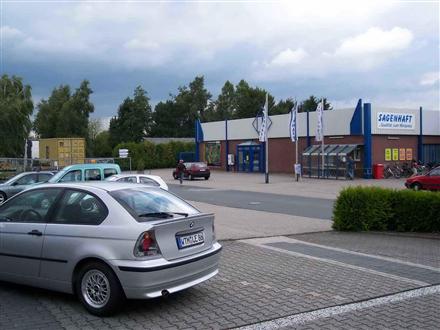 Industriestr. 15   (PP) Sonderposten-Mkt., 26446,